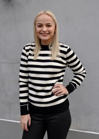 Basic Apparel Uma Stripe Sweater - Sort